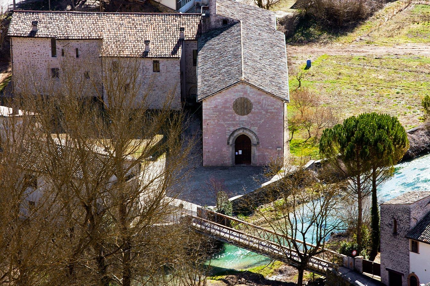 Il complesso Francescano e la Chiesa di San Lorenzo a Borgo Cerreto.jpg