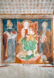 Affresco della Madonna in Trono
