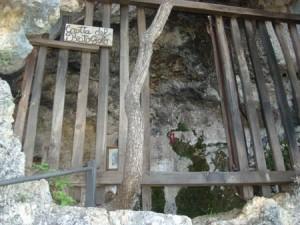 Grotta-del-Beato-Giolo